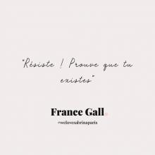 CITATION 💌 - « Résiste ! Prouve que tu existes » France Gall.⠀⠀⠀⠀⠀⠀⠀⠀⠀ 2021 nous voilà !⠀⠀⠀⠀⠀⠀⠀⠀⠀ Tous les mardis découvrez une citation de femme forte, une citation qui nous inspire, qui nous tire vers le haut, qui nous booste, qui nous fait sourire.⠀⠀⠀⠀⠀⠀⠀⠀⠀ -⠀⠀⠀⠀⠀⠀⠀⠀⠀ #mardicitation #welovesabrinaparis #femmeforte #francegall